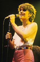 Linda Ronstadt perfoming in 1978
